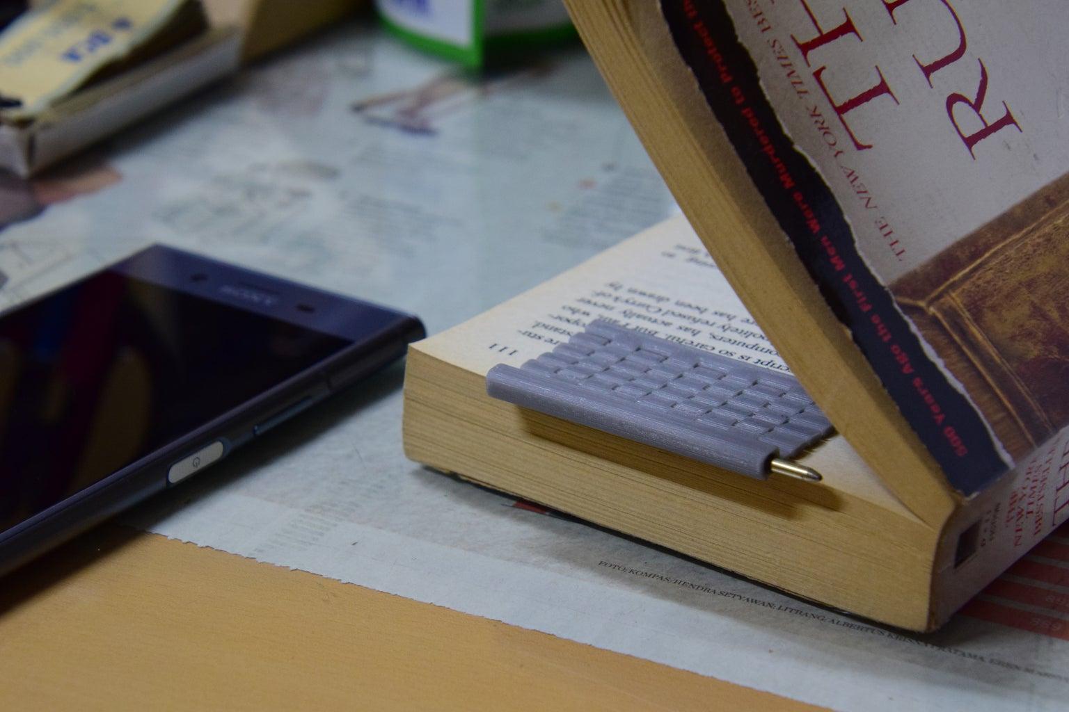 Traveler's Bookmark Pen