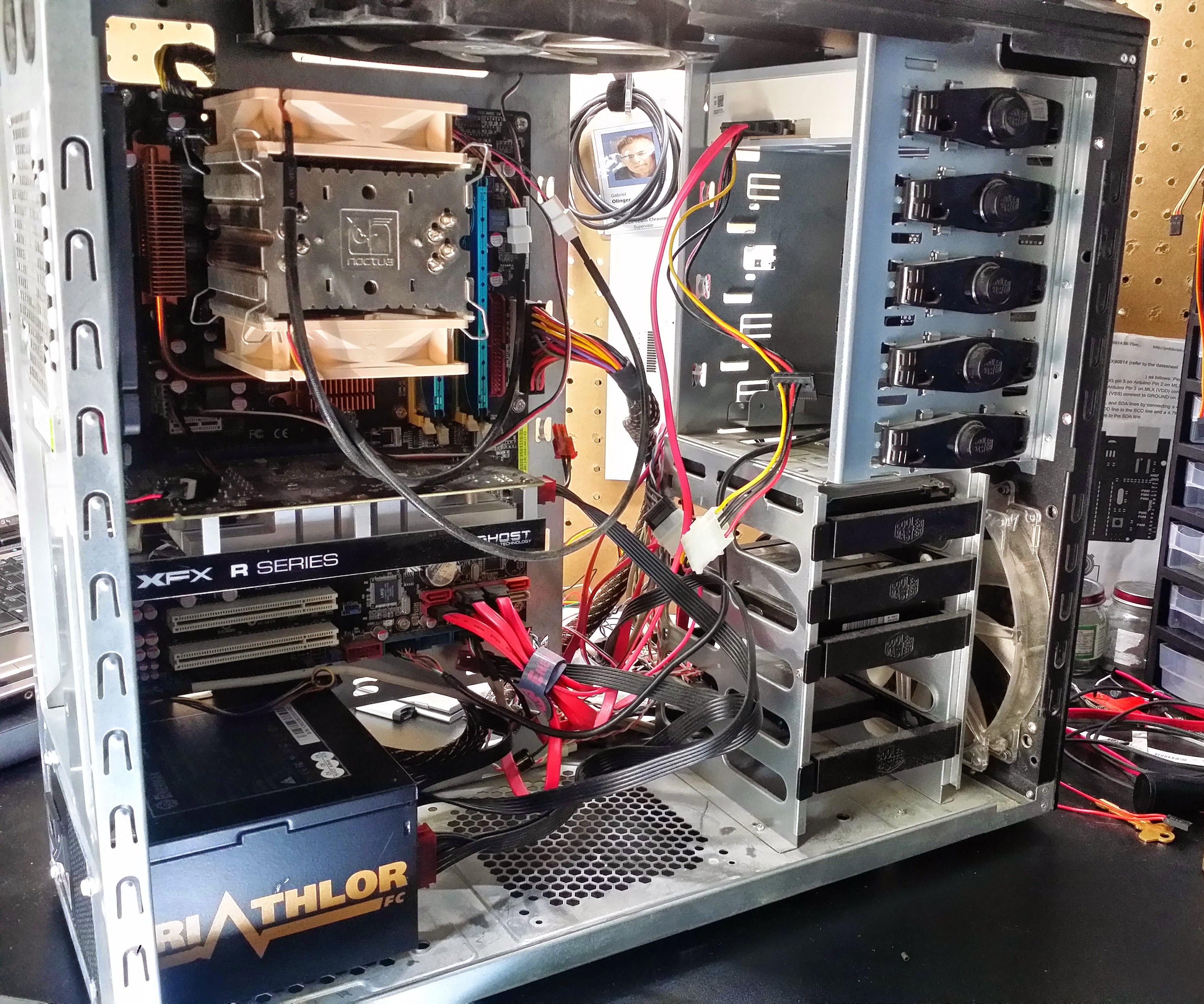 PC Desktop Cable Management