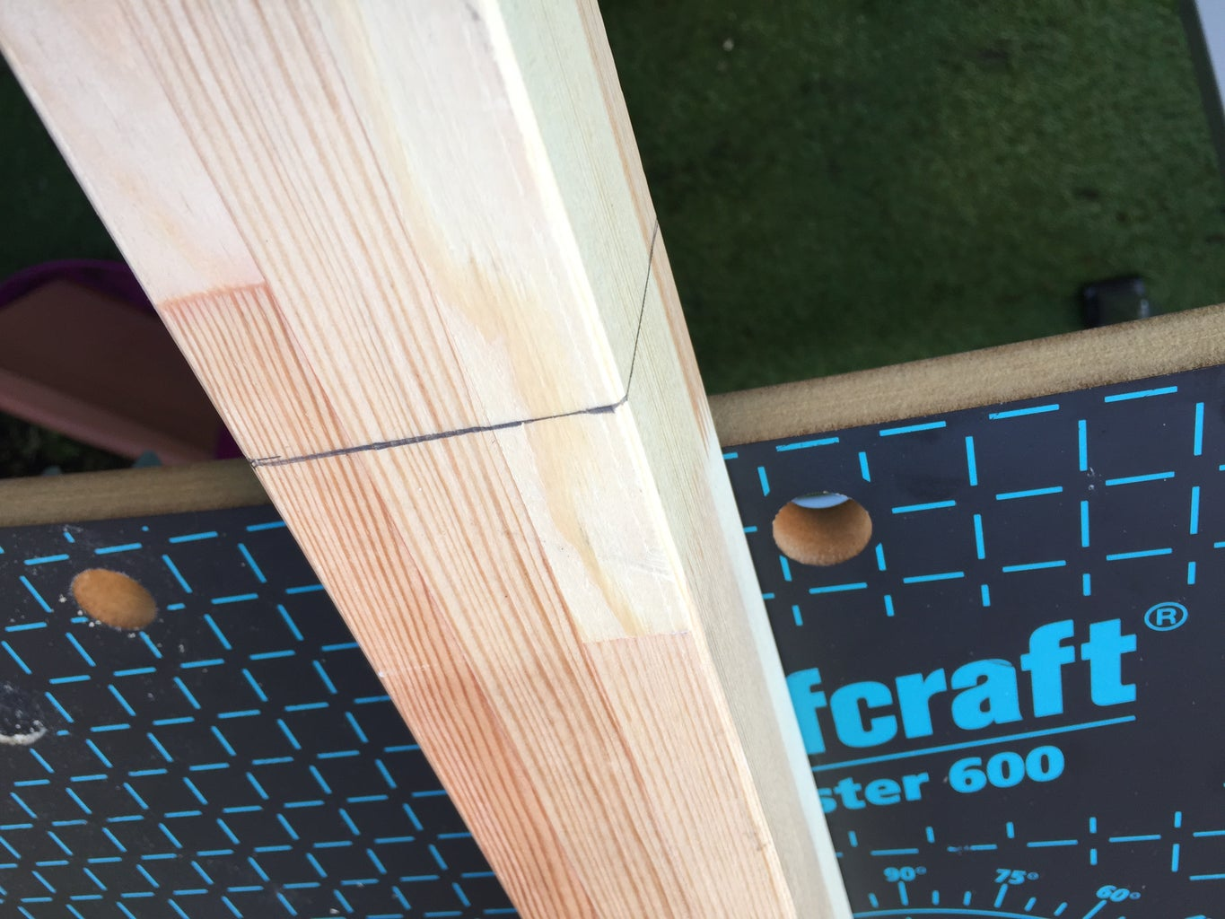Cut the Wood Pieces to the Right Size