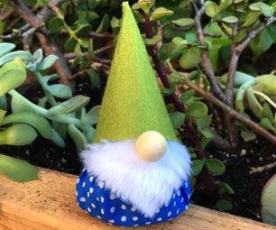 Simple Lavender Gnome