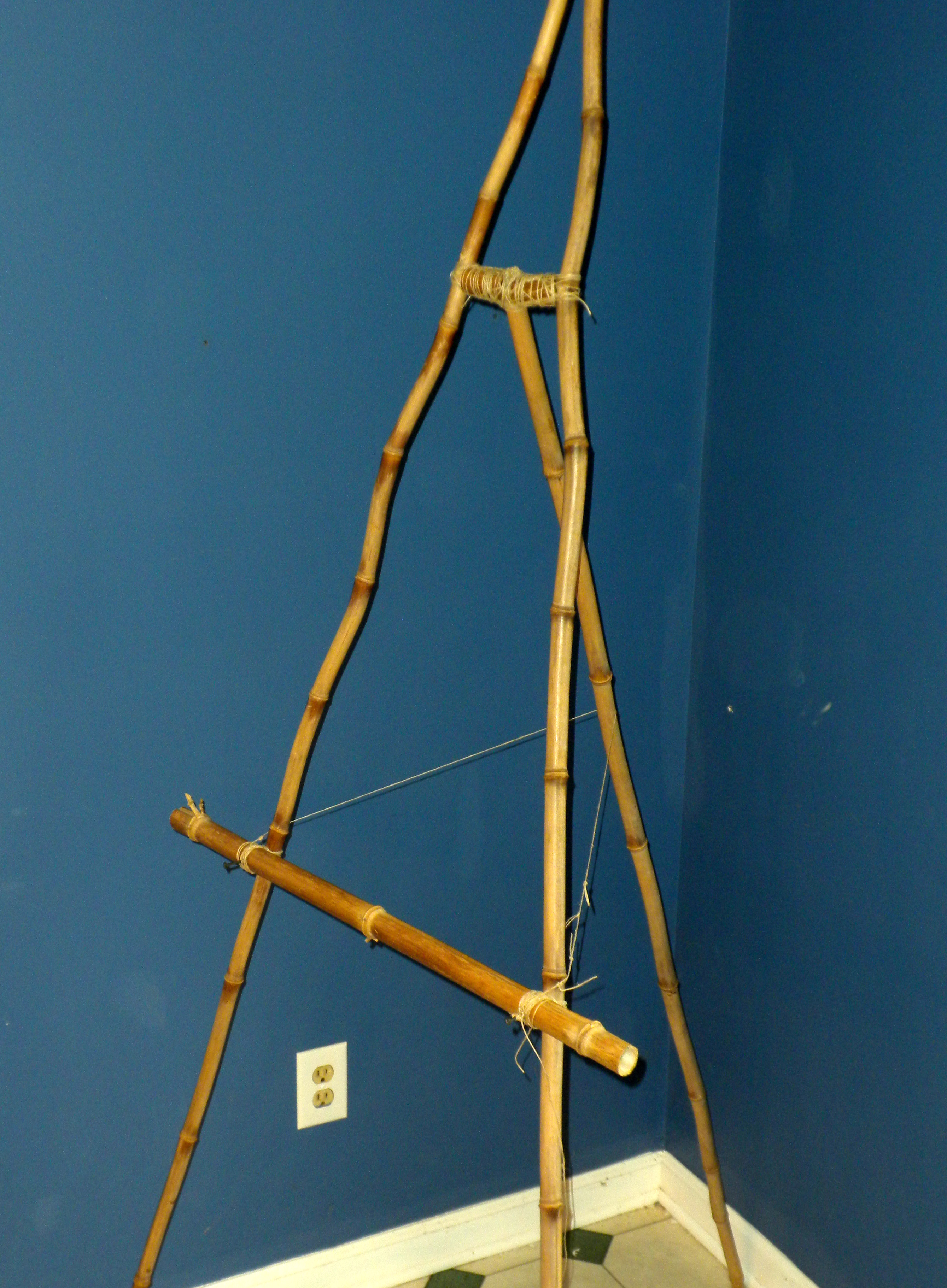 15 Minute Bamboo Easel