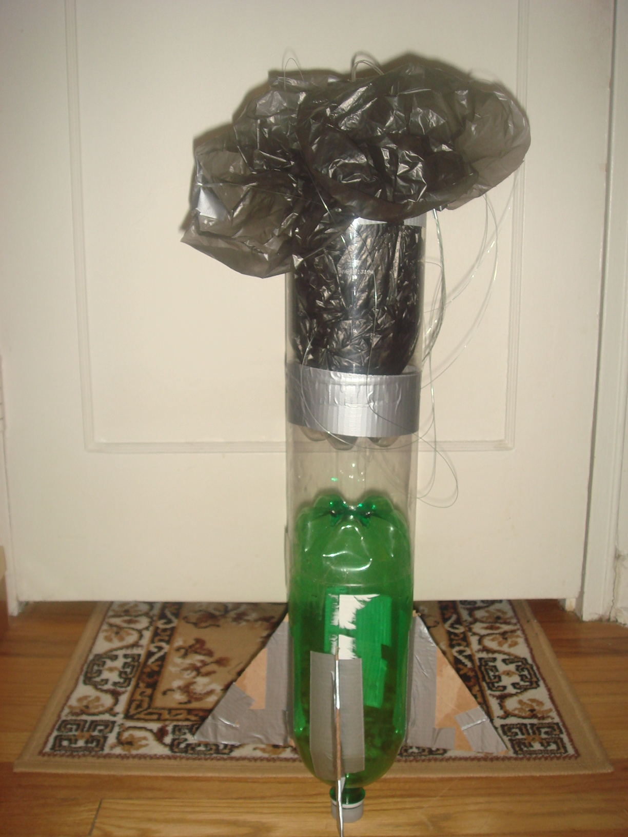 How to make a water rocket?