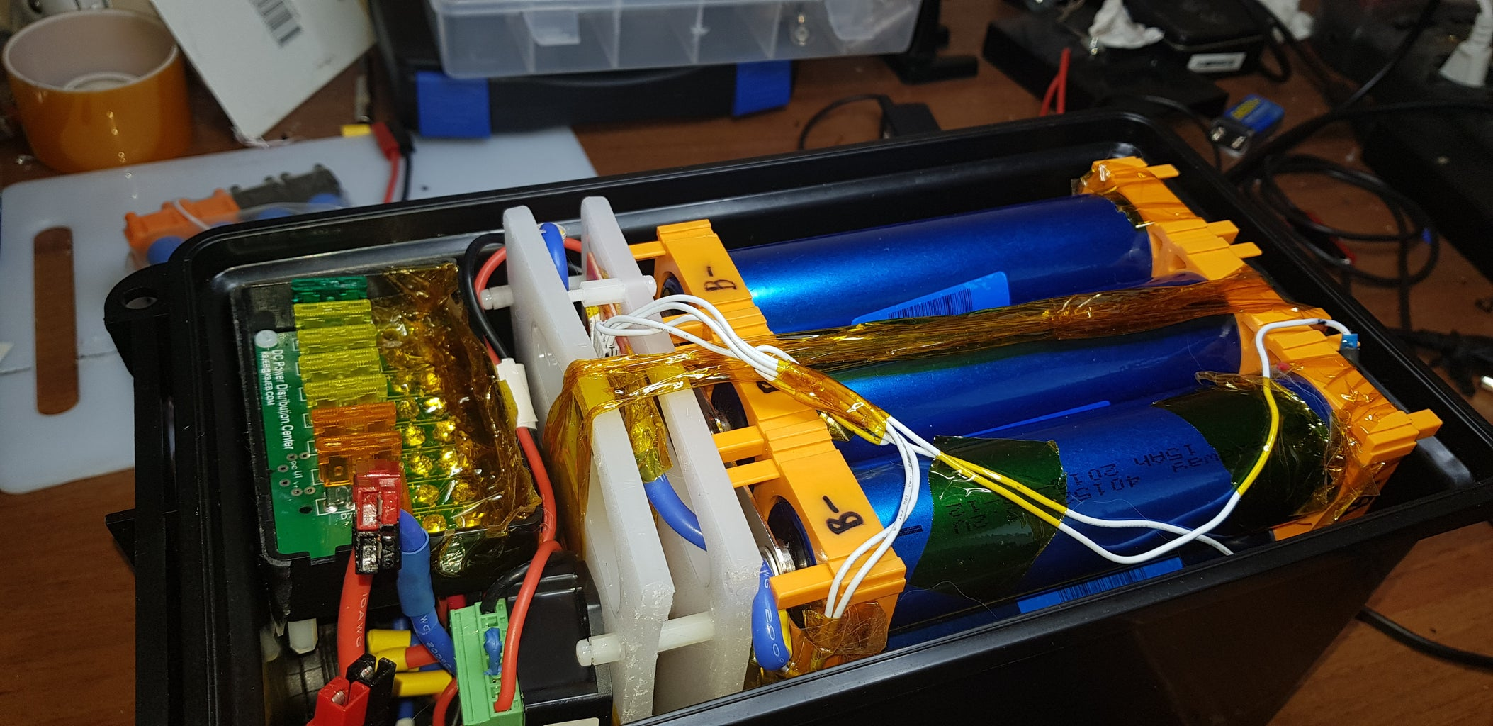 576 Watt Hour Portable Solar Generator