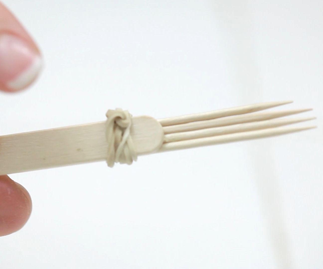 7 Incredible Toothpick Life Hacks
