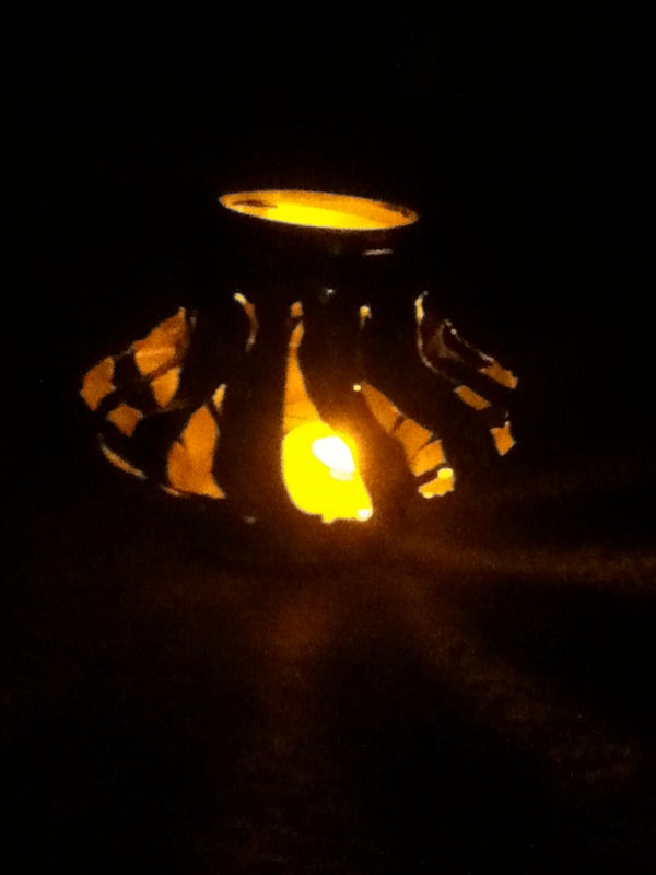 How to Make Soda Can Lanterns