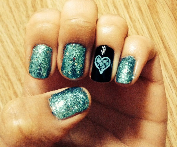Glitter Heart Nails