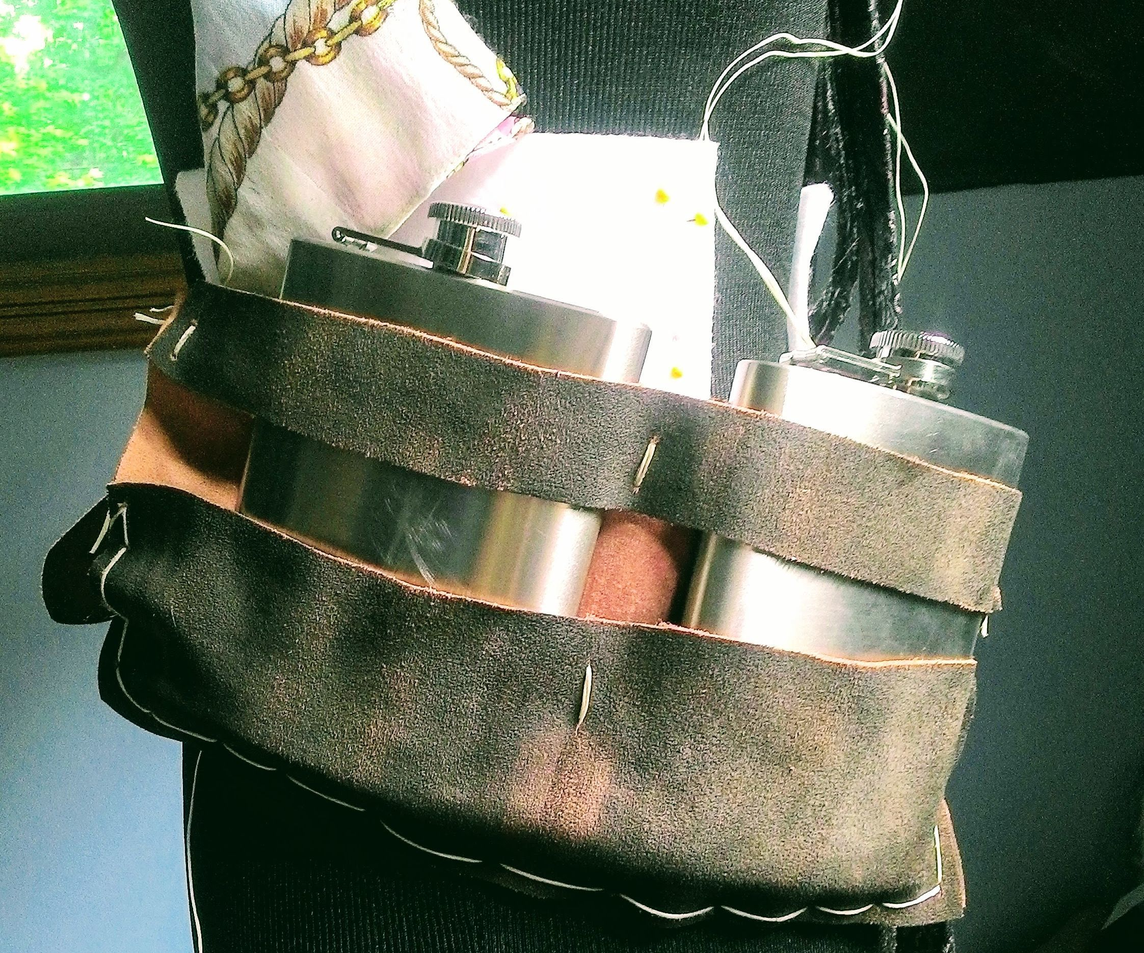 Easy Leather Flask Holder