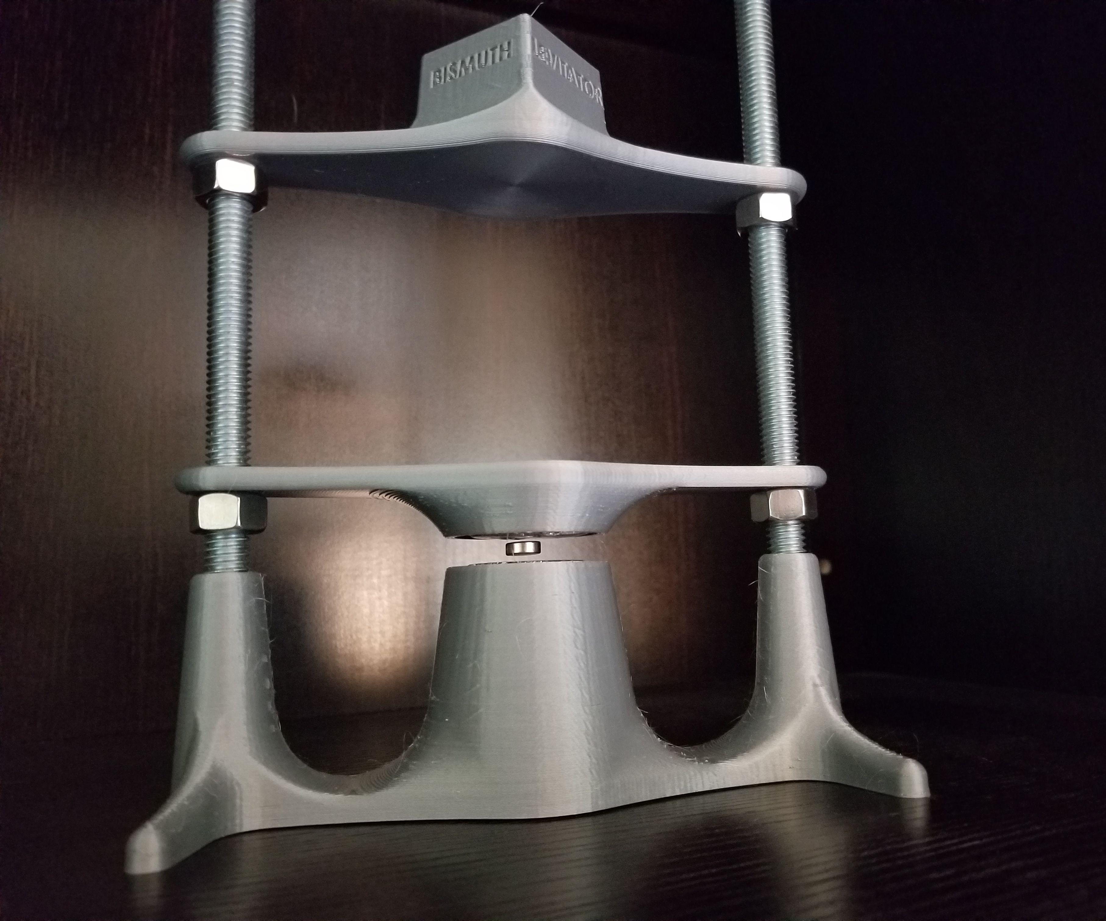 Bismuth Magnet Levitator