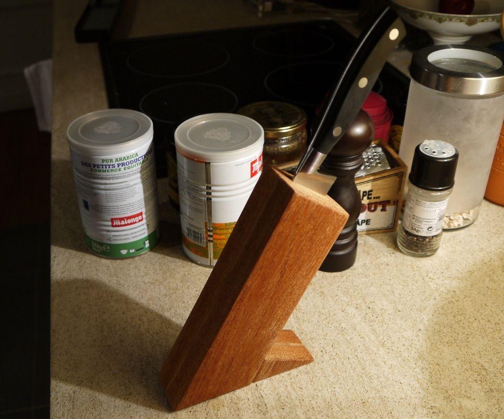 Simple Chef Knife Wood Block