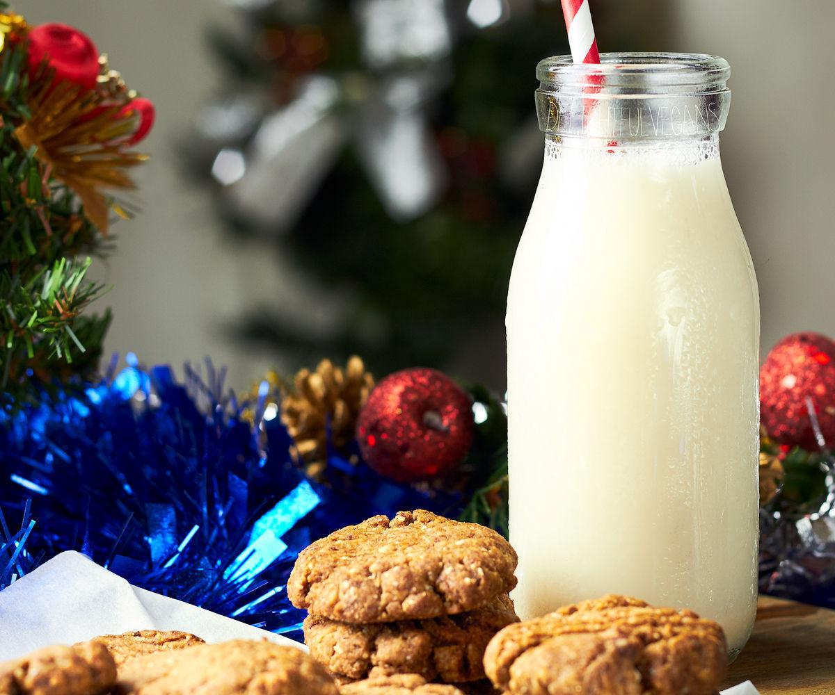 Nutmeg Spiced Cookies