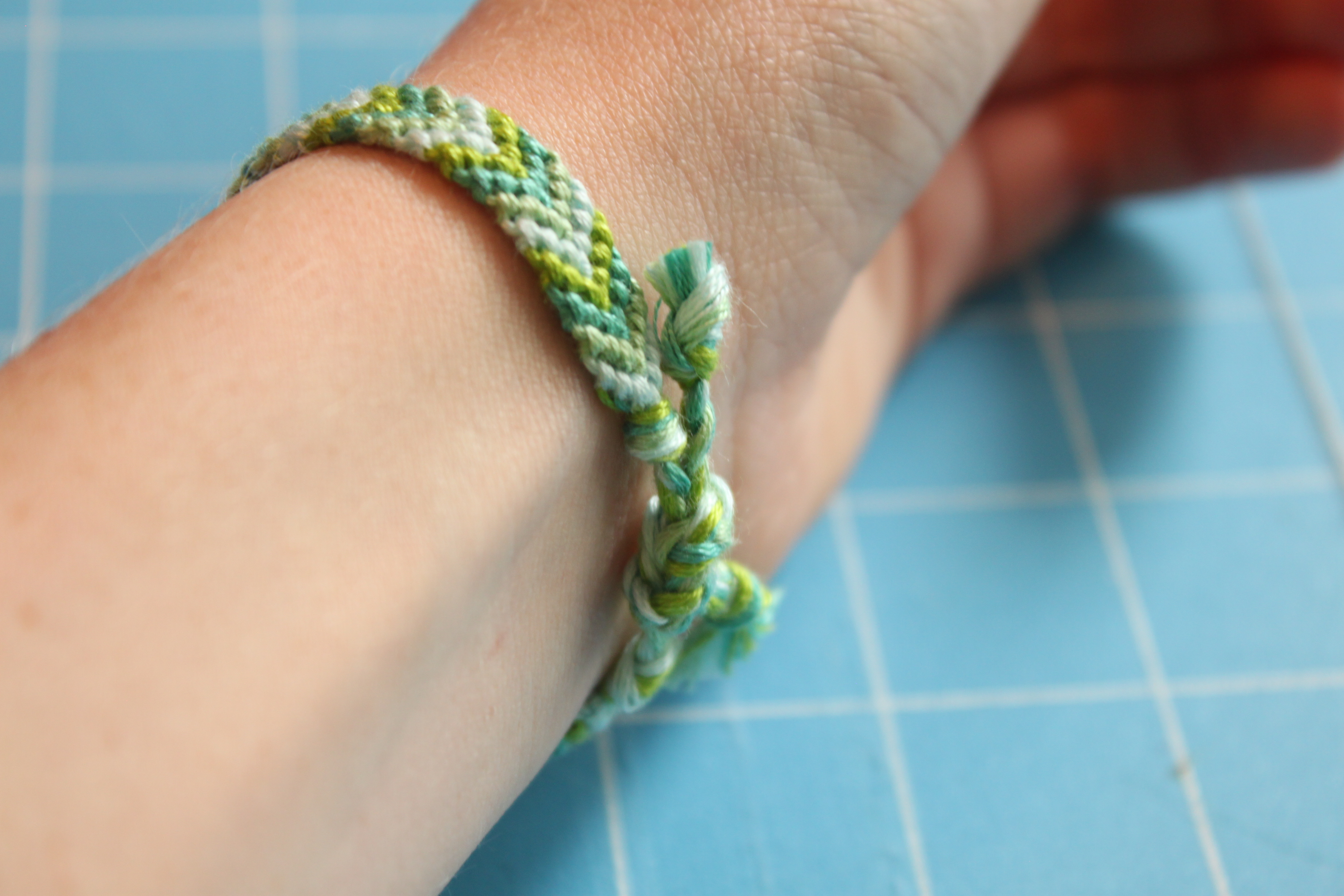 Chevron Friendship Bracelet Tutorial