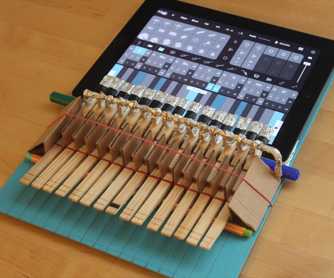 Clothespin Piano for iPad