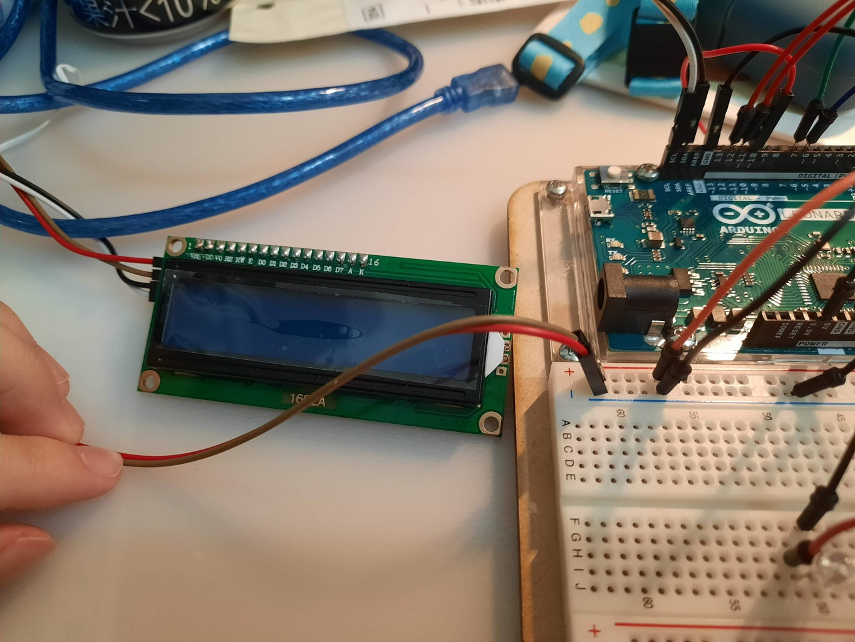 裝上LCD (建議使用)