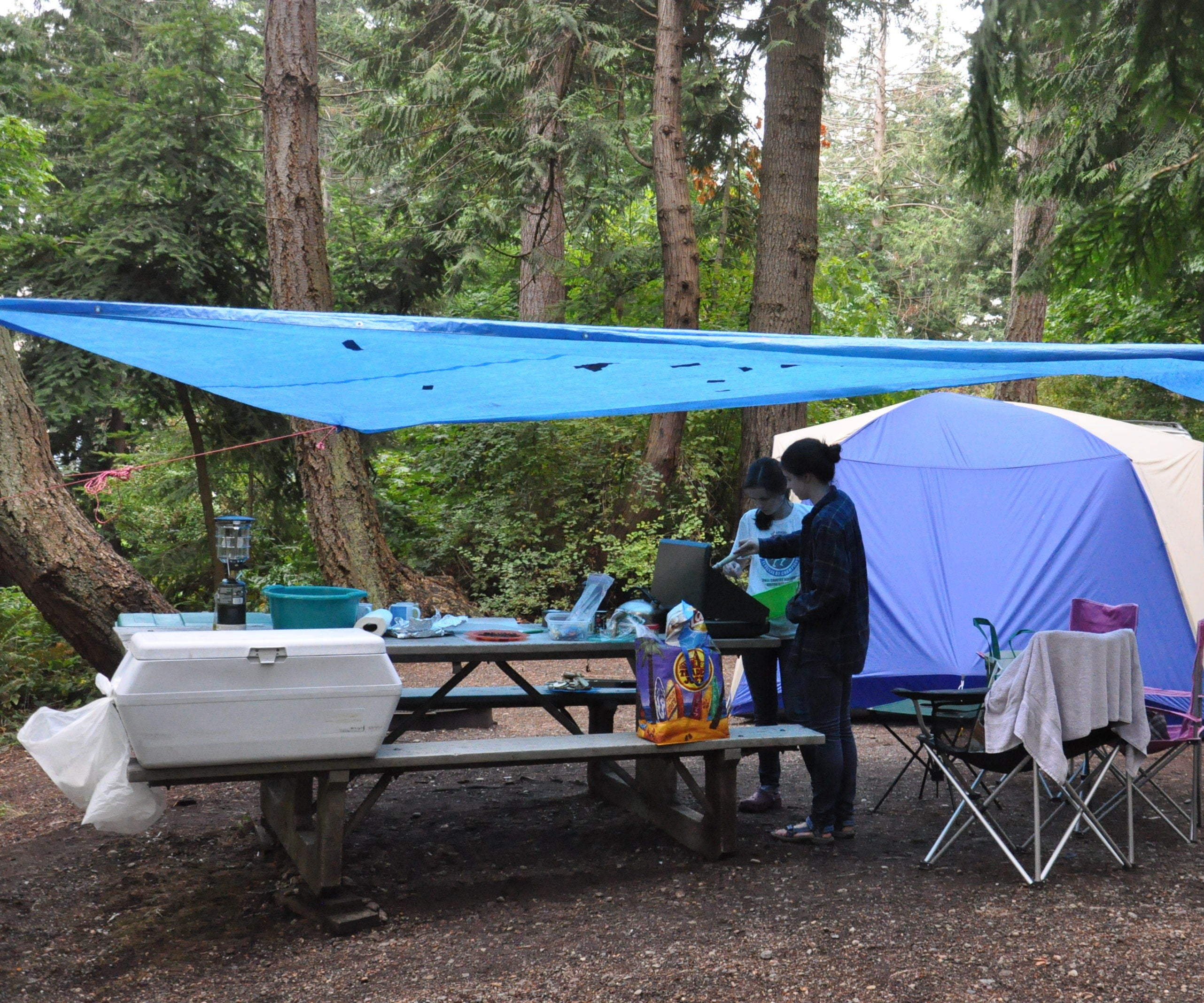 How To Car Camp In The Rain 11 Lifehacks 11 Steps With Pictures Instructables