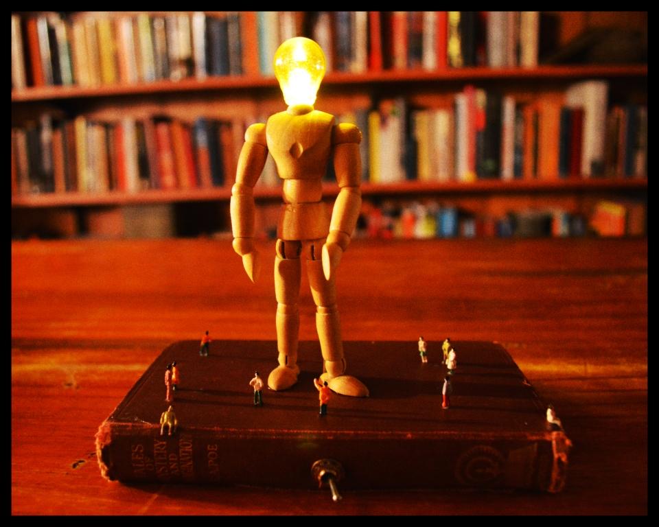 Daliesque Book Light