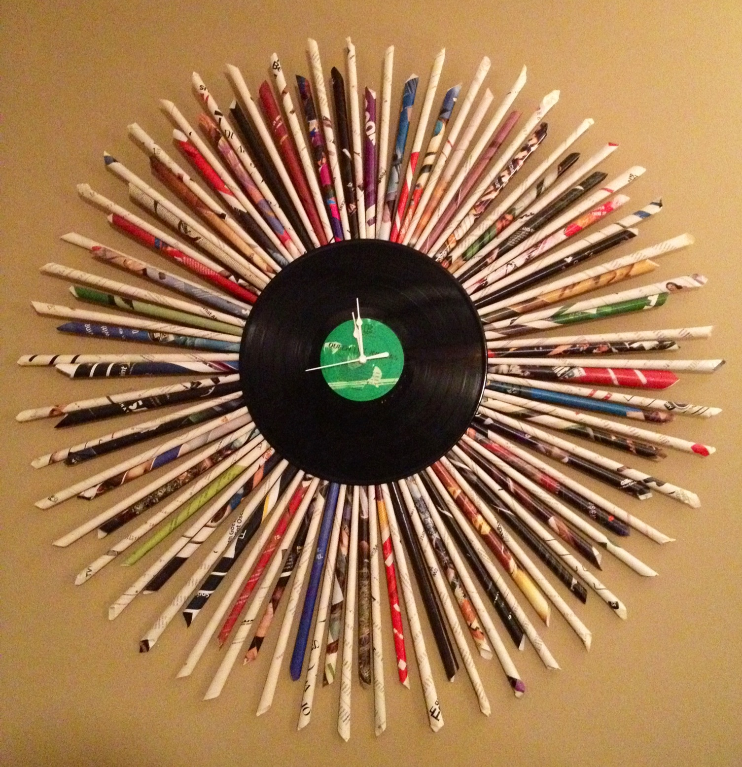 Recycled Record Clock
