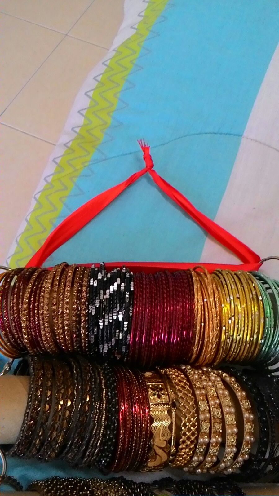 Arrange Your Bangles and Hang It