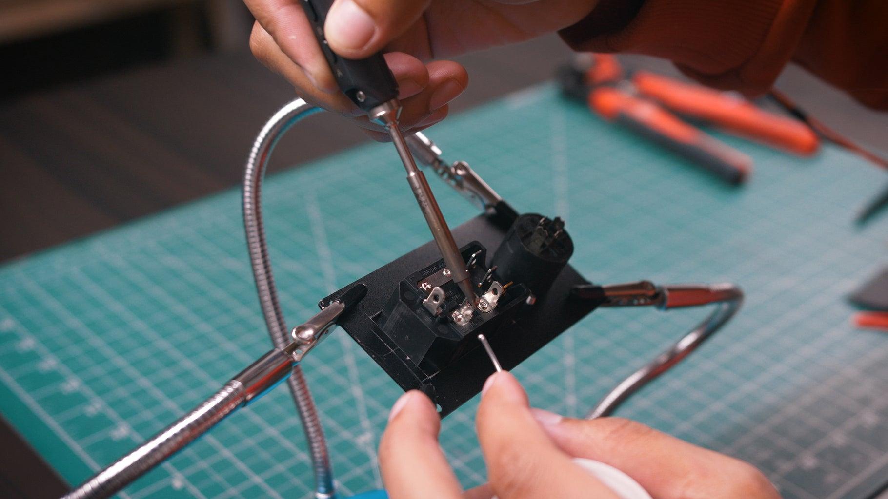Assembling of Back Panel