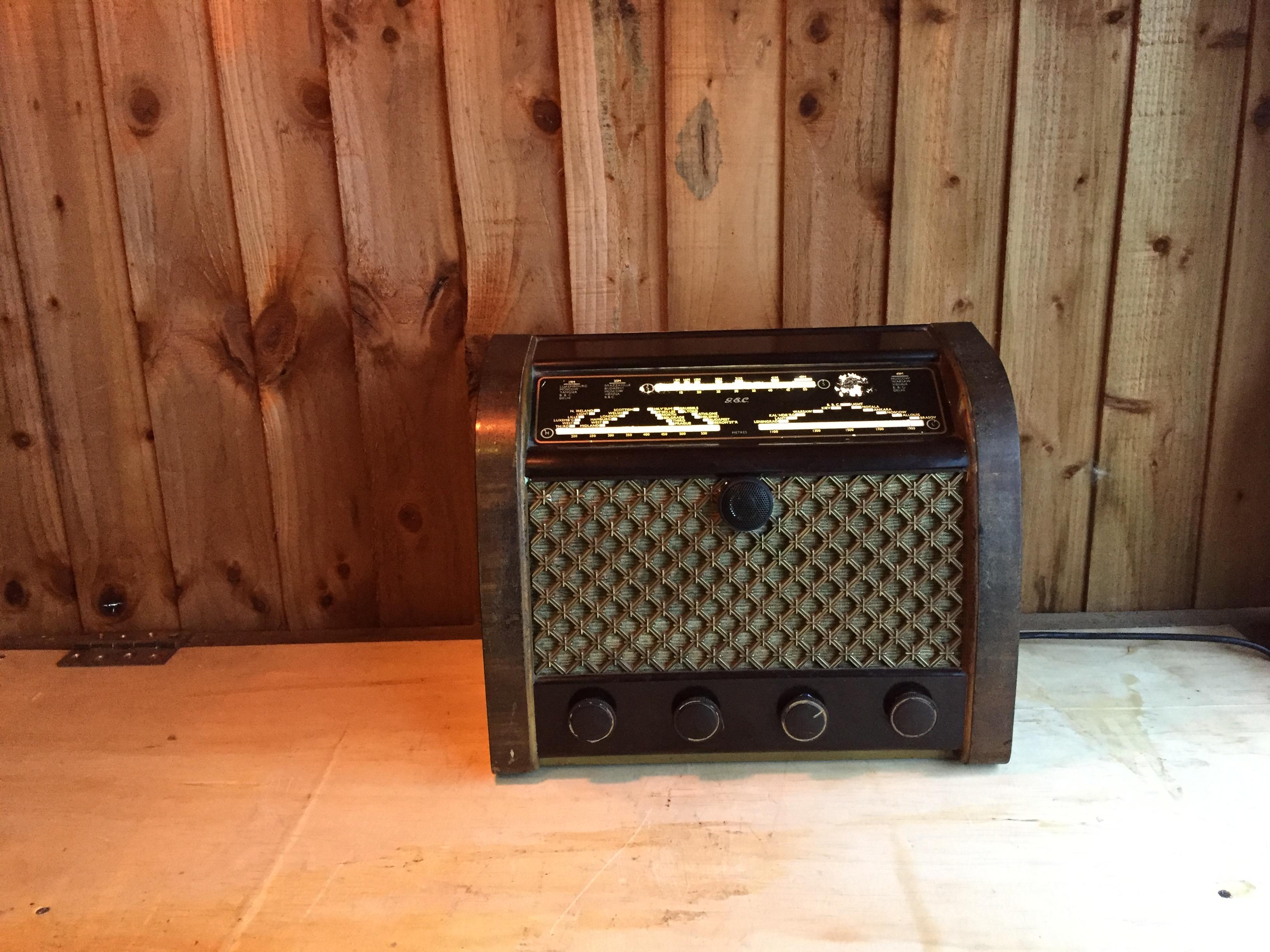 Vintage Radio Bluetooth Mod With Original Speaker