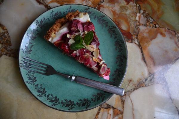 Creamy Lemon and Raspberry Pie