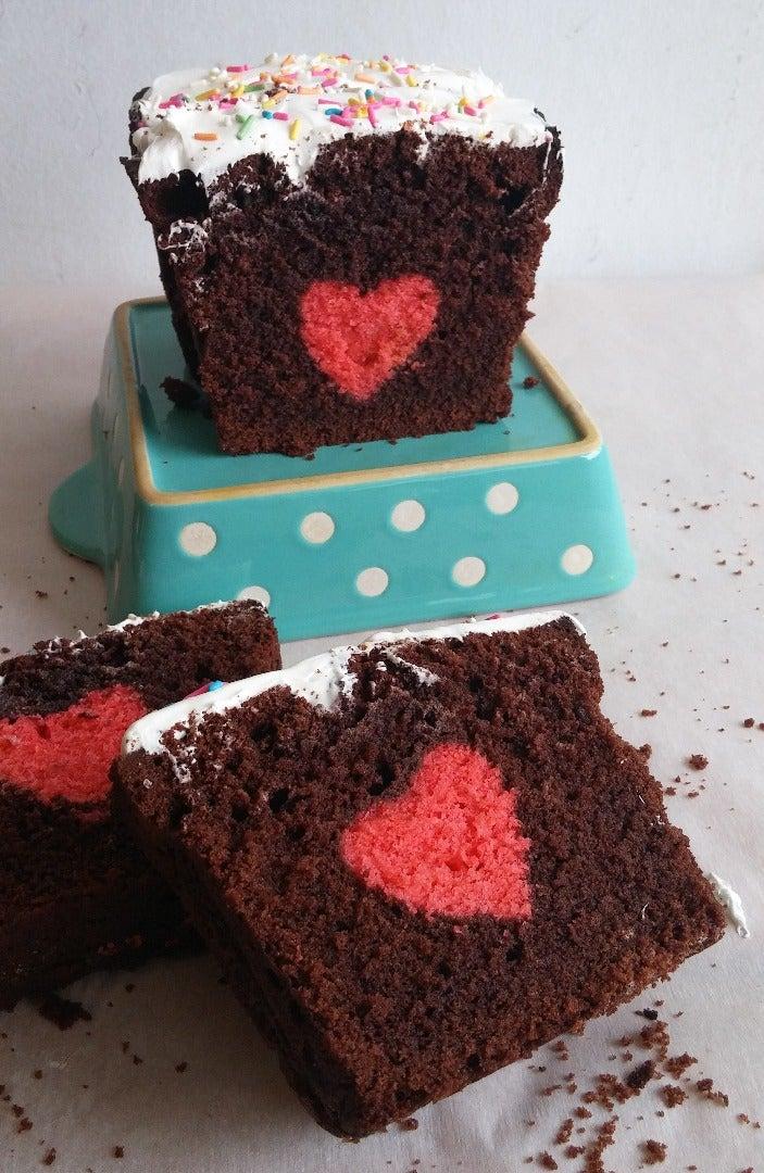 Hidden Heart Cake  /  Surprise Cake