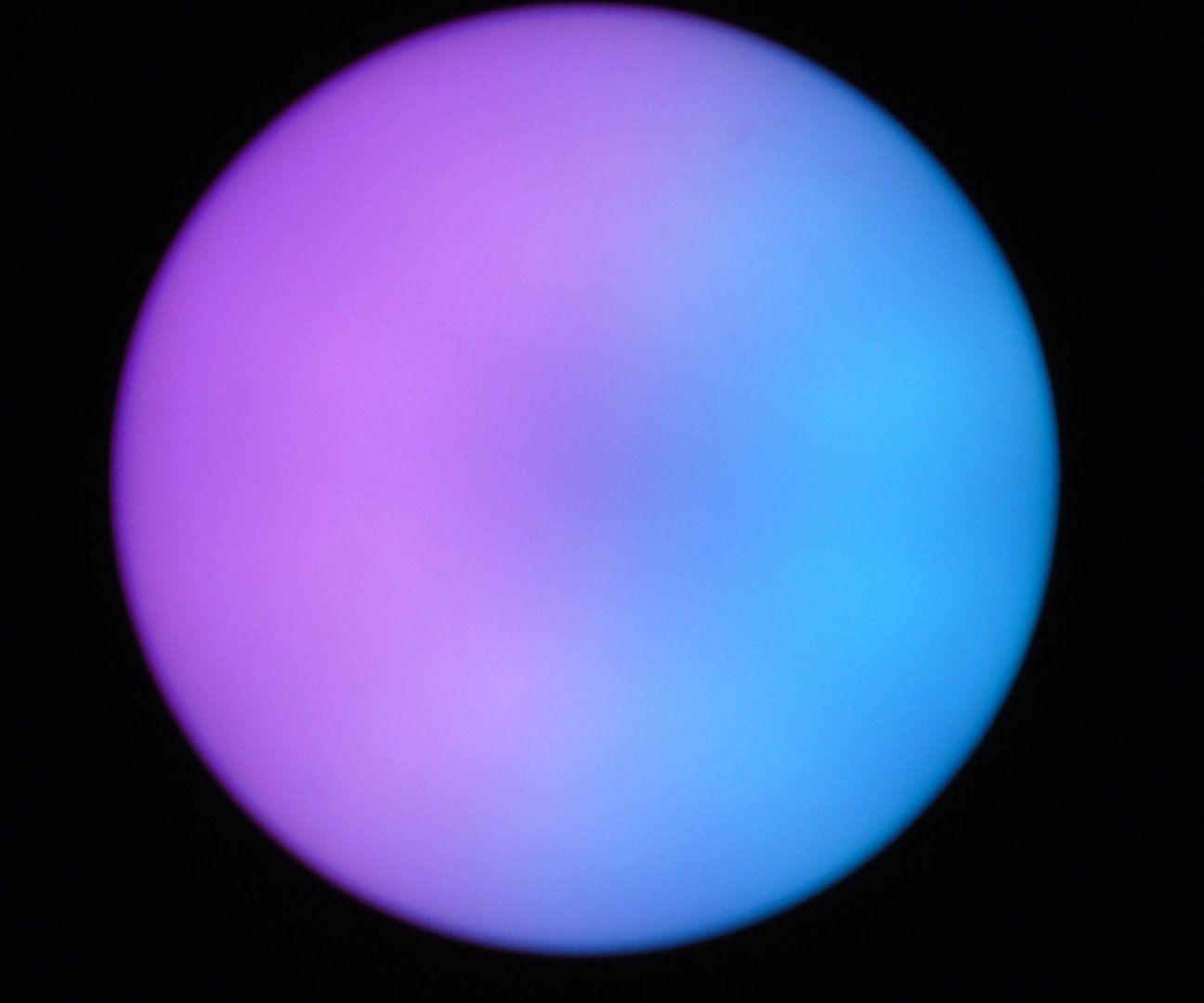 White LED bulb into a bi-color LED bulb