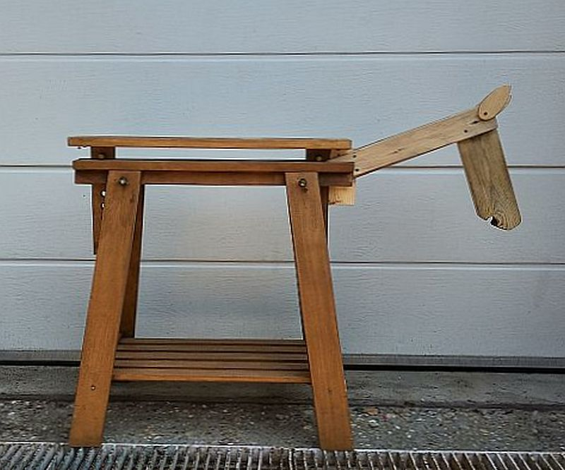 Wooden Toy Horse in Minimalist Style - Out of a Trestle