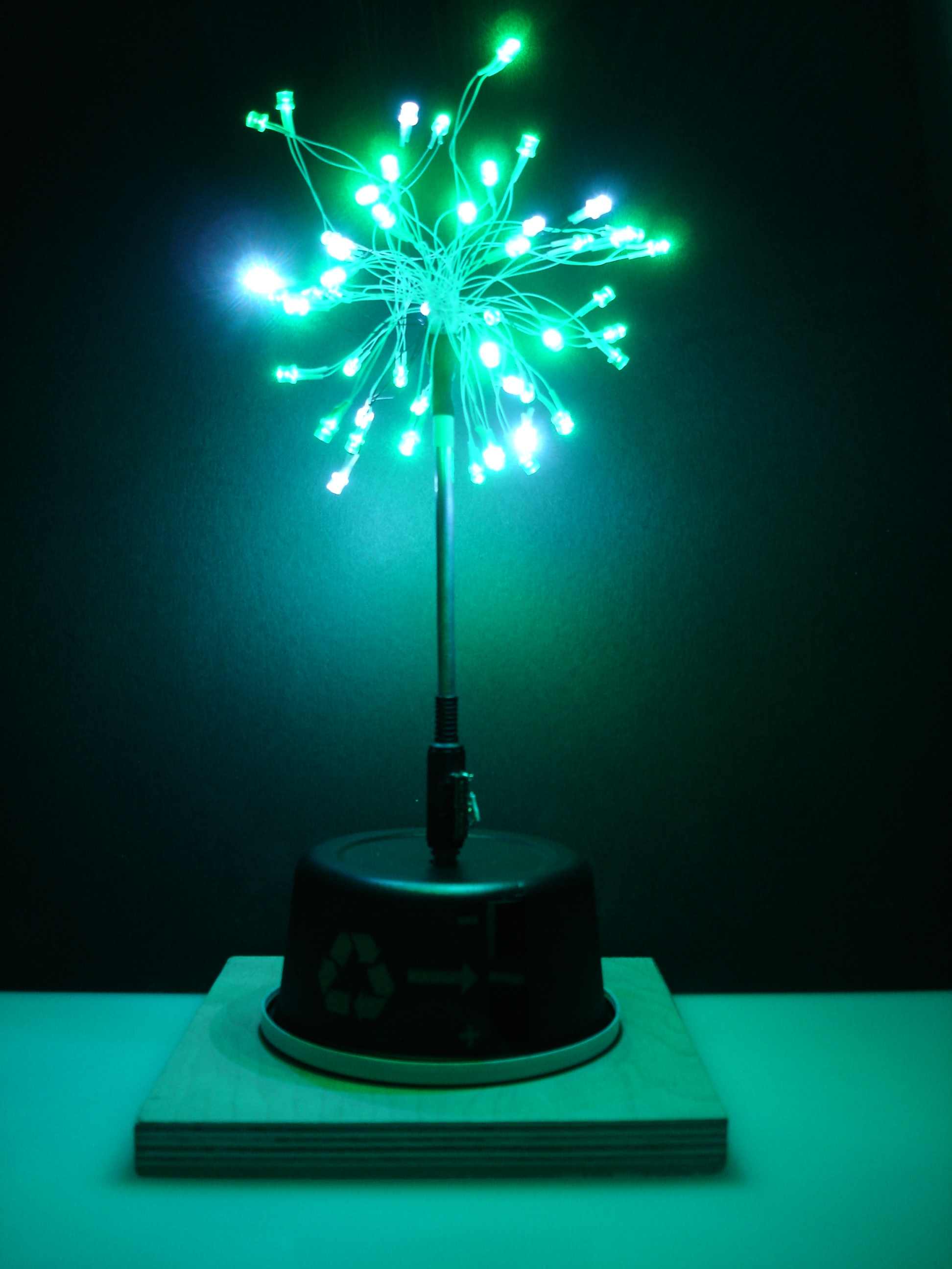 Desktop energy seed lamp