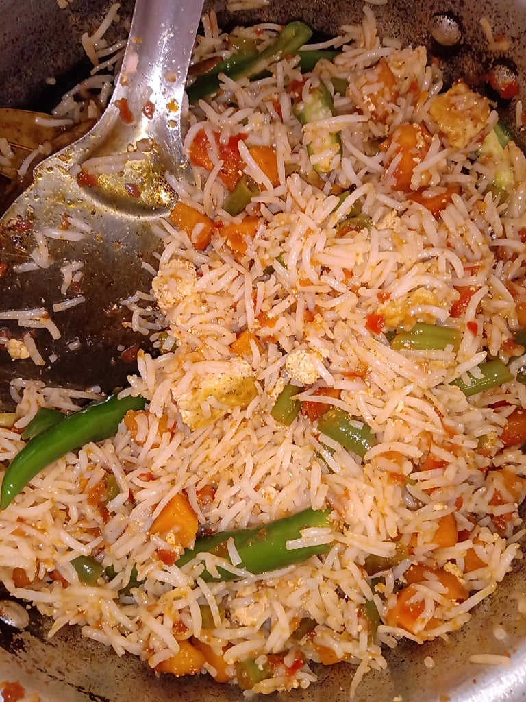 (Part 2) : Mix the Content in the Cooker Well (without Breaking the Rice)