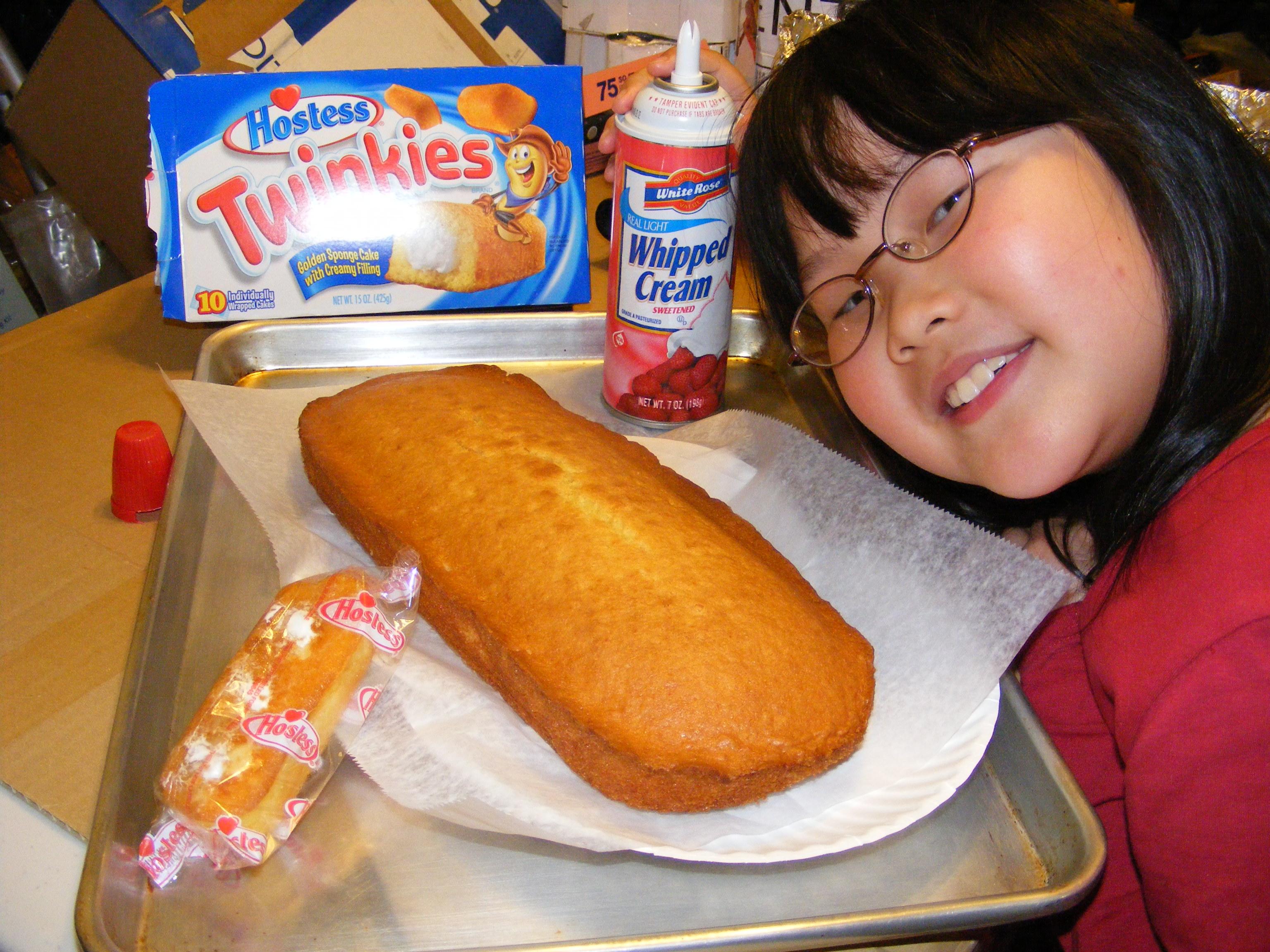 Hostess Twinkies Cake