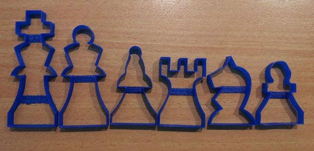 Cut the Chessfigures