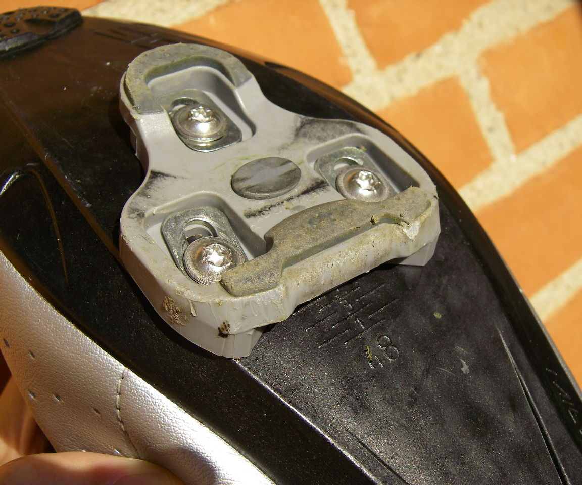 Adjusting Bicycle Cleats, one small trick for