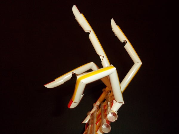 Mechanical Hand Using Only Fast Food Straws - Straw Builder Project #1