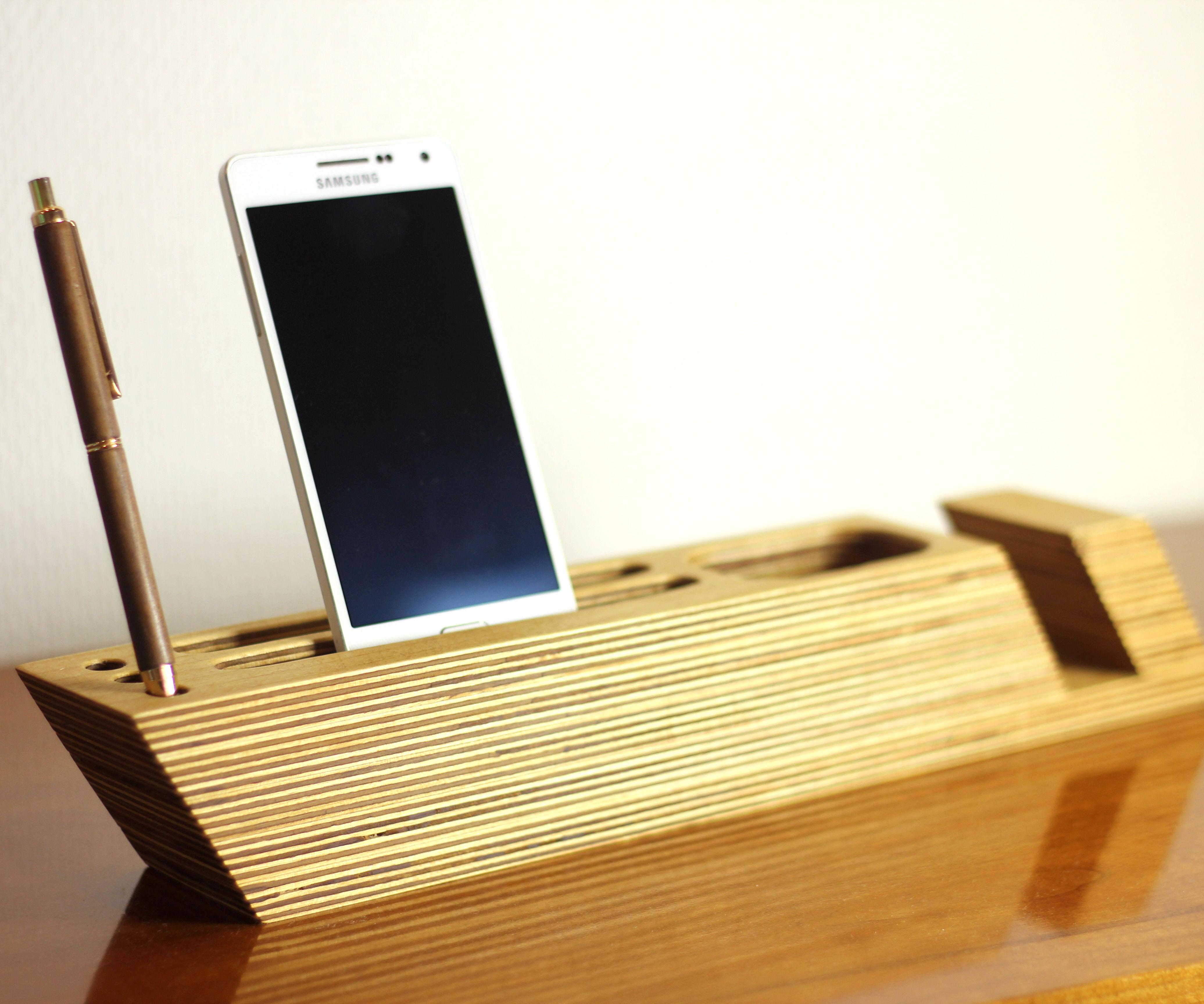 Table Organizer Inspired by Scandinavian Design