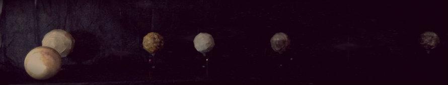 Modelo en papel de Jupiter y sus cuatro satelites galileanos / Paper model of Jupiter and its four Galilean satellites