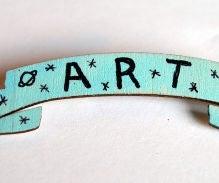 Art Banner Pin