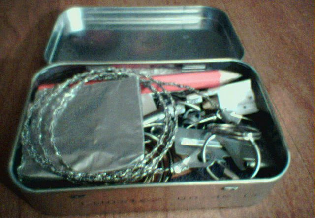 Survival Kit in a tin (better than other ones i've seen here)