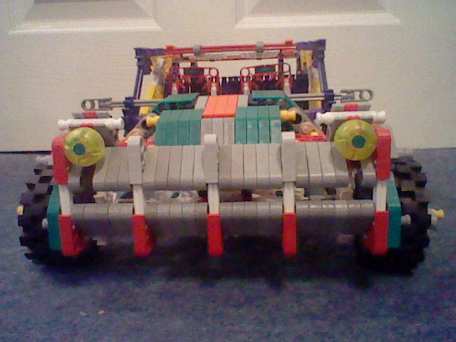 Knex car with large trunk space crash test.