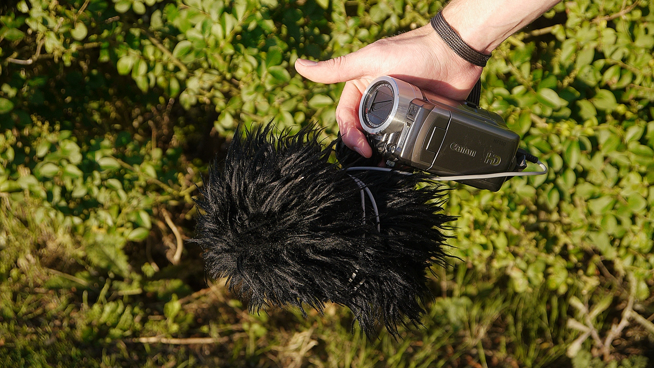 DIY Shotgun Microphone (with wind shield & in-built shock mount)