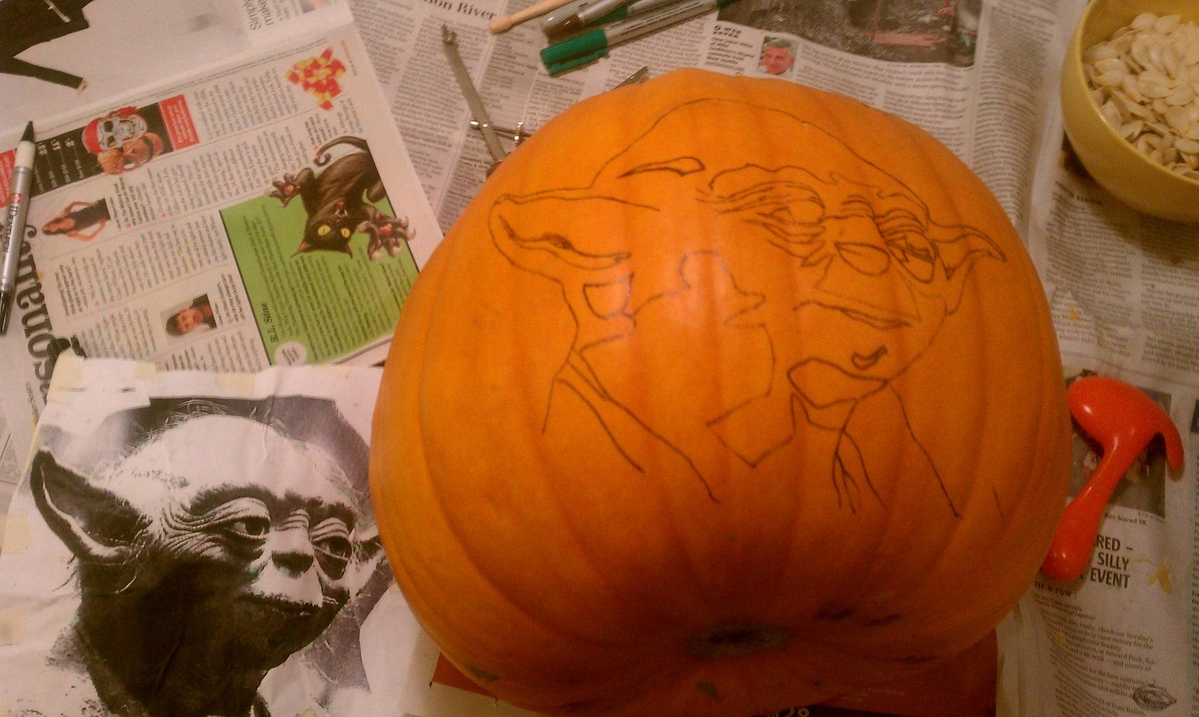 Transpumpfer the Image Onto the Pumpkin