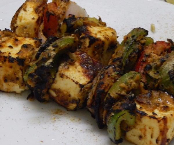 Restaurant Style Smoked Paneer Tikka (without Tandoor/BBQ)
