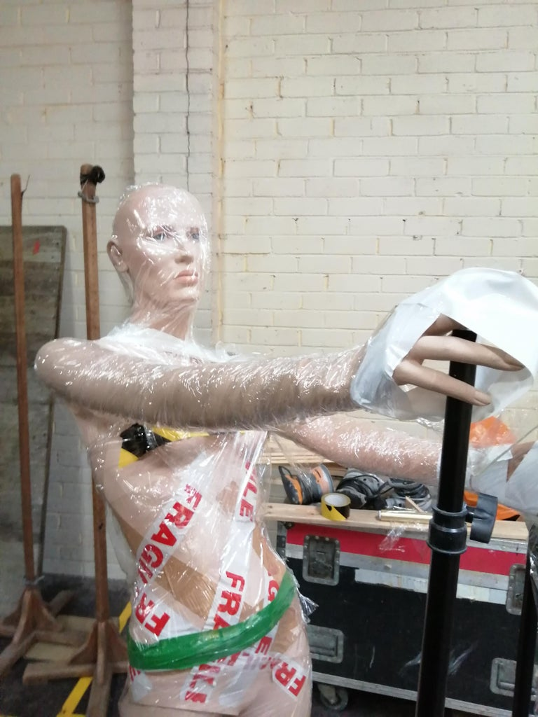 Prep Your Mannequin/area