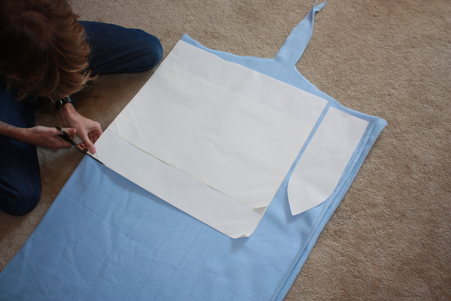 Cutting Out the Sleeves