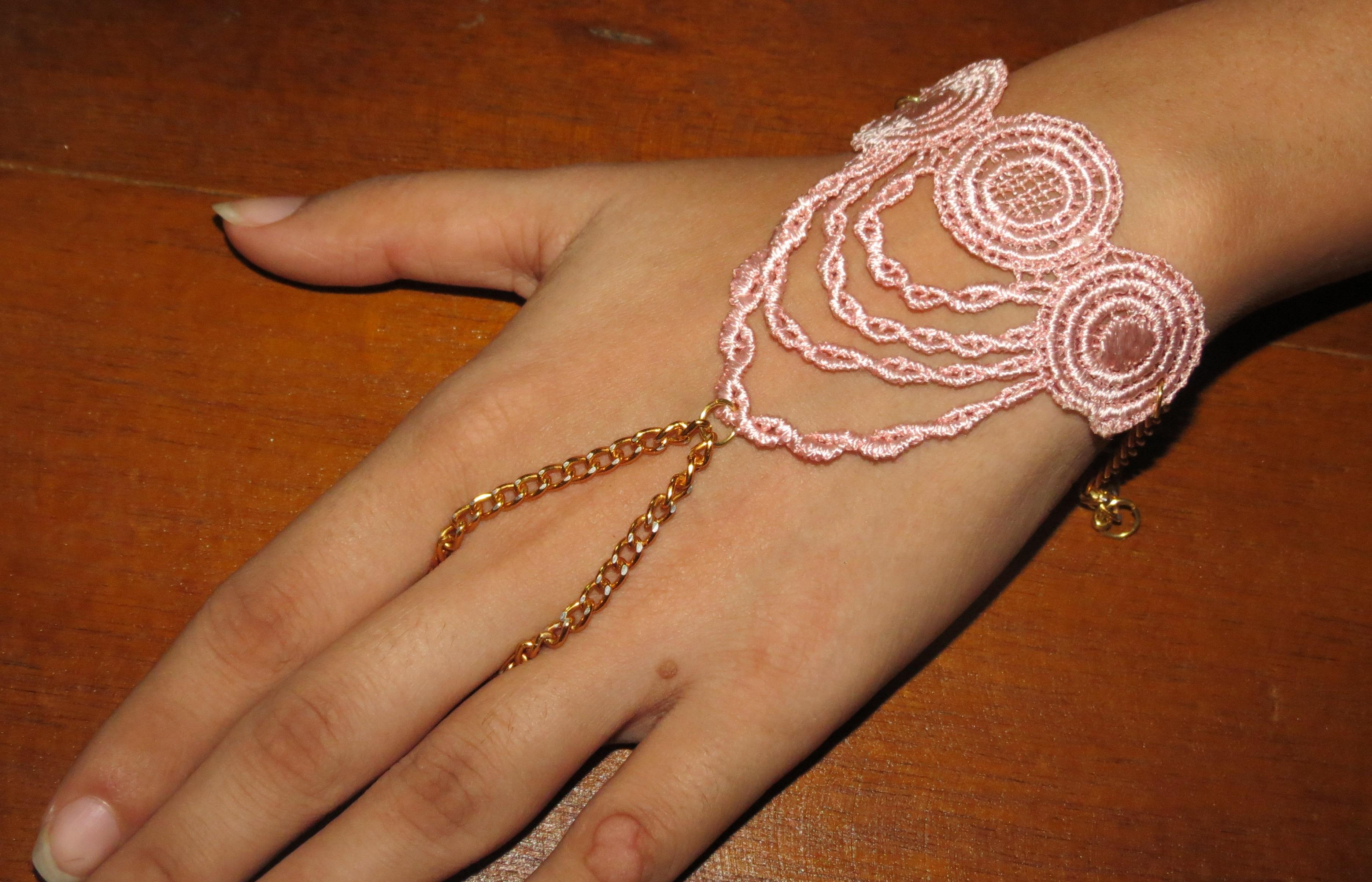 Ring + bracelet in one