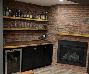 Live Edge Bar和Floated Shelves