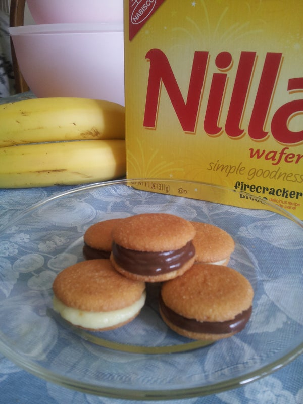 So Easy-Pudding and Nilla Wafers (Whoopie Pie)