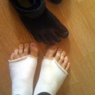 toe_socks.jpg