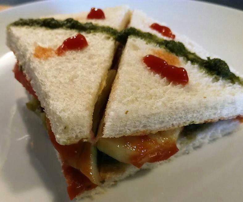 Green Chutney Veg Sandwich