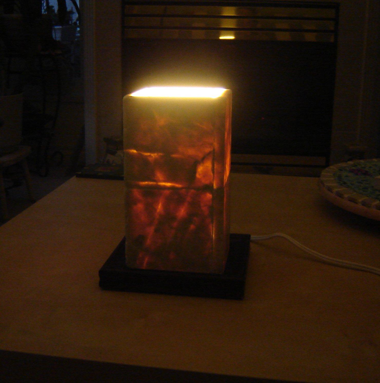 Stone tile lamp