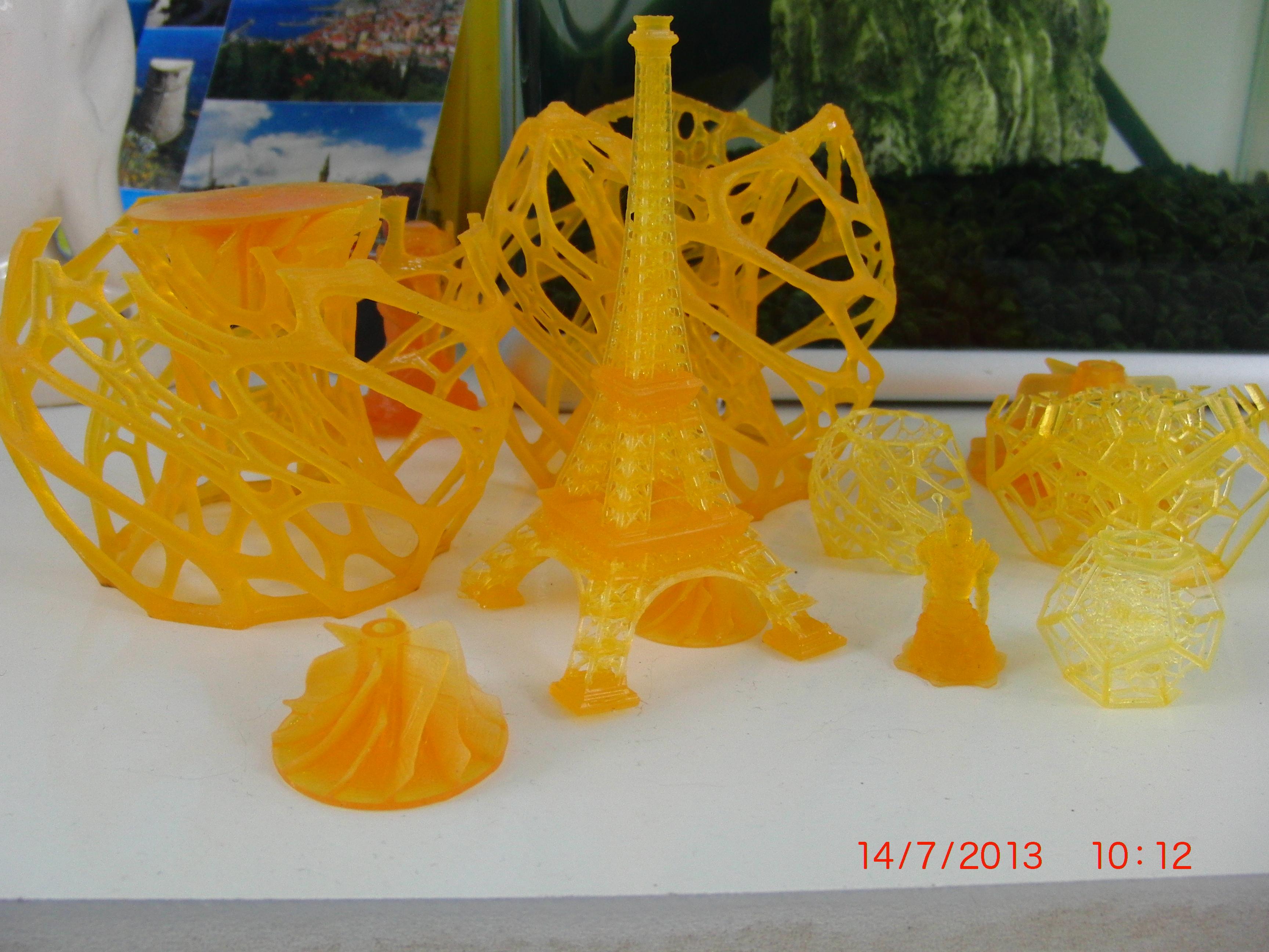 DIY high resolution 3D DLP printer (3D SLA printer)